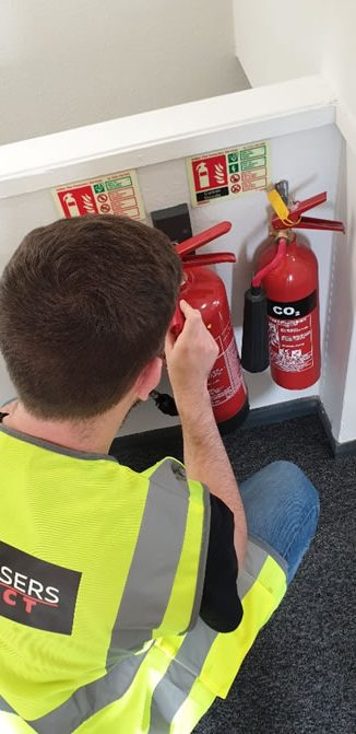 Fire Extinguisher Servicing engineer